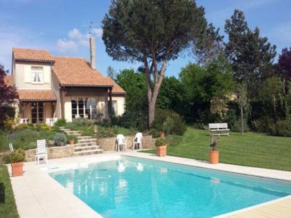 Annonce vente maison sainte radegonde 79100 169 m for Piscine de thouars