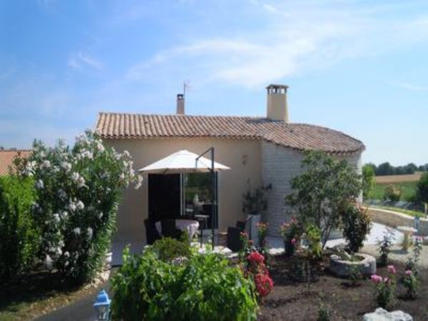 Annonce vente maison muron 17430 190 m 299 600 for Belle maison de campagne