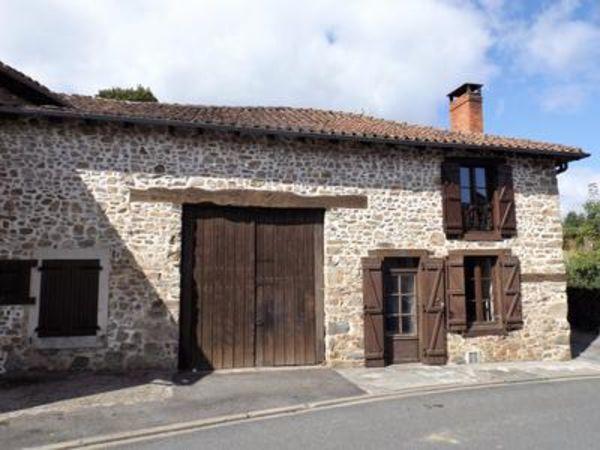 Annonce vente maison massignac 16310 65 m 56 000 for Restaurer une maison de campagne