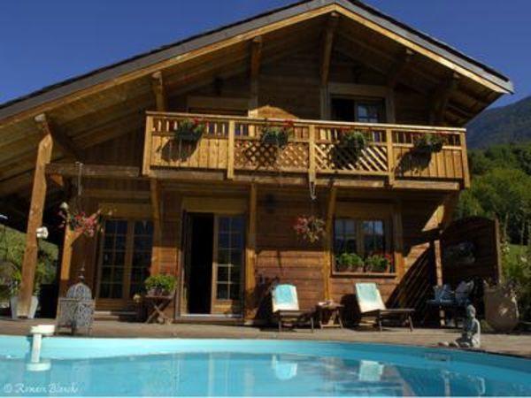 Annonce vente chalet aigueblanche 73260 220 m 440 for Aigueblanche piscine
