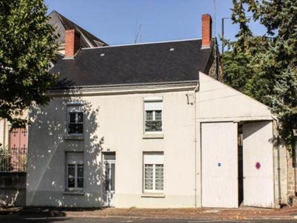 Annonce vente maison sainte maure de touraine 37800 for Peugeot grand garage de touraine