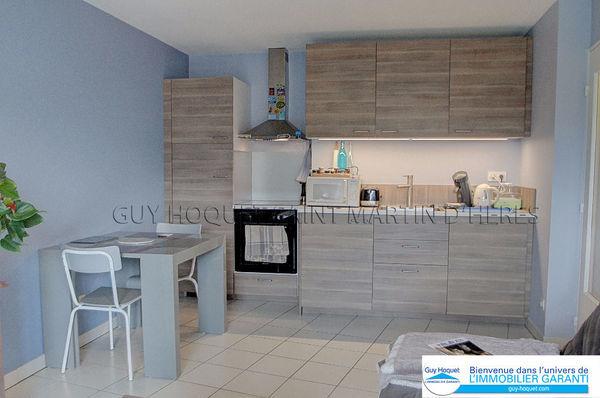 annonce location appartement saint martin d 39 h res 38400 36 m 625 992738137443. Black Bedroom Furniture Sets. Home Design Ideas