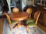 Bibliothèque, salle à manger, canapés, téléviseur 0 La Rochelle (17)