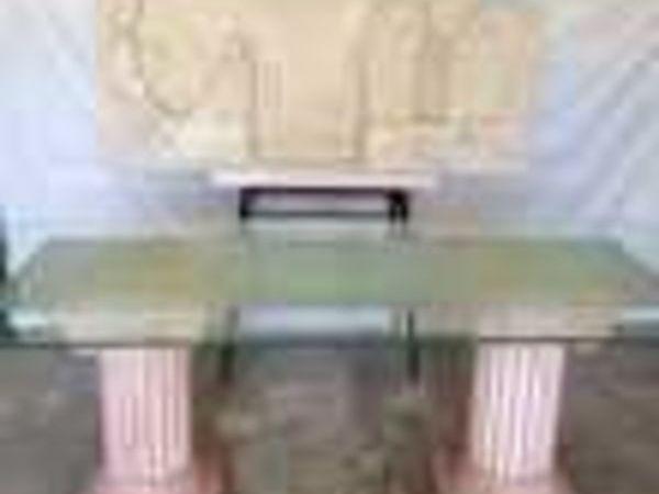 bureau dalle en  verre montée sur 2 colonnes grecques  (06) - 1 450 €