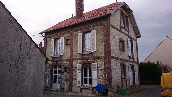 Maison - 8 pièce(s) - 152 m² 283000 Cr�py-en-Valois (60800)