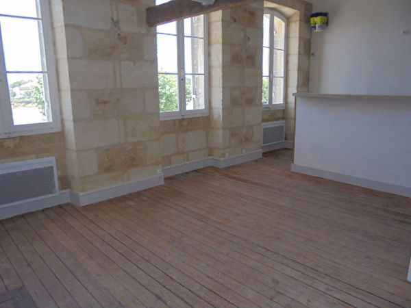 Annonce location appartement libourne 33500 38 m 490 for Appartement libourne