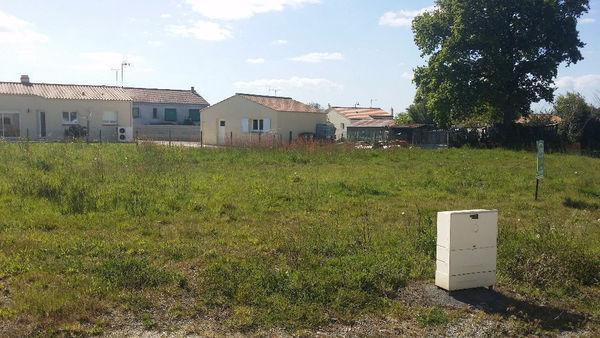 L 39 immobiliere 2000 agence immobili re saint gilles croix de vie 85800 immobilier 85 - Garage saint gilles croix de vie ...
