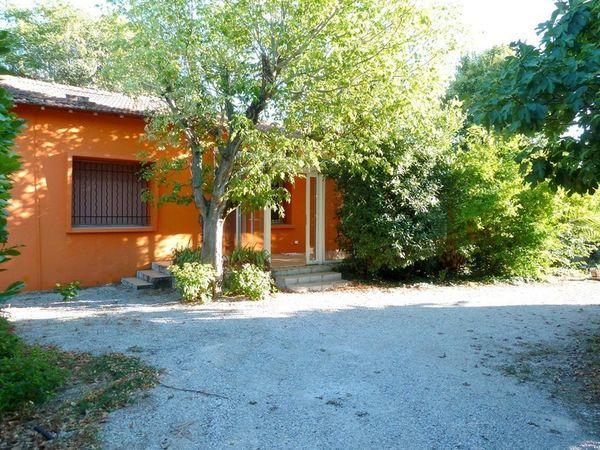 Maison - 3 pièce(s) - 65 m² 750 N�mes (30000)