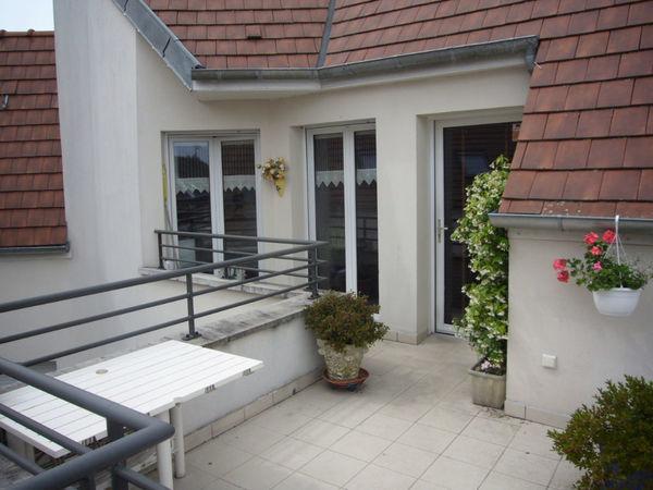 Appartement - 3 pièce(s) - 63 m² 233000 Cr�py-en-Valois (60800)