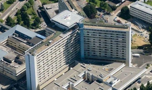 Annonce location appartement bordeaux 33000 72 m 920 for Appartement bordeaux 100 000 euros