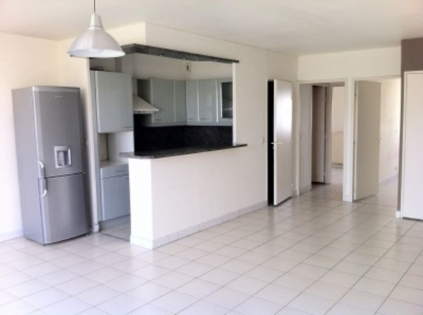 Annonce location appartement montpellier 34000 59 m for Appartement meuble montpellier