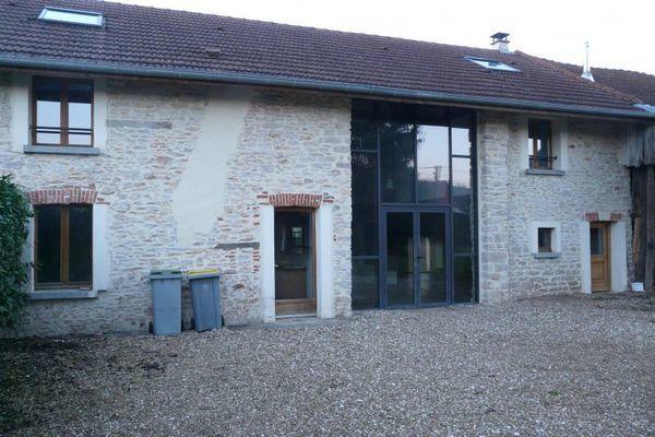 Maison - 7 pièce(s) - 240 m² 258000 Auxonne (21130)