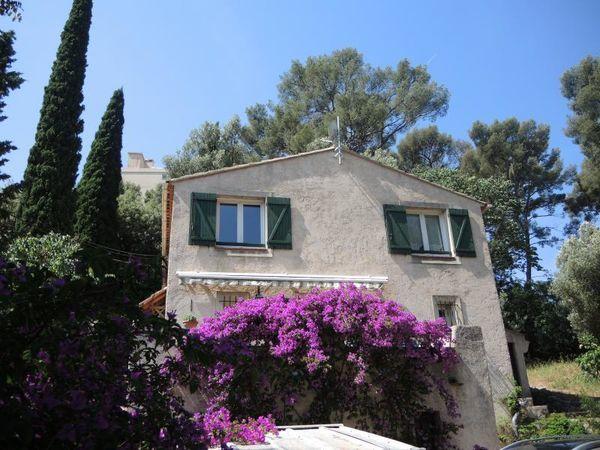 Maison - 6 pièce(s) - 98 m² 311000 Toulon (83200)
