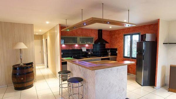 Maison - 4 pièce(s) - 93 m² 0 Auxonne (21130)