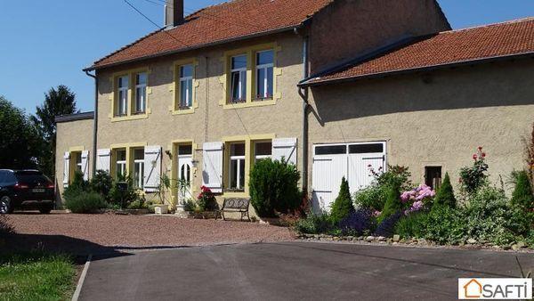 Annonce vente maison faulquemont 57380 300 m 495 000 for Piscine faulquemont