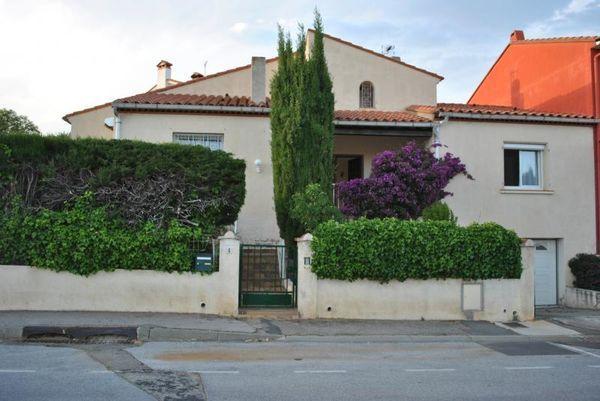 Annonce vente maison saint est ve 66240 170 m 259 for Garage saint esteve