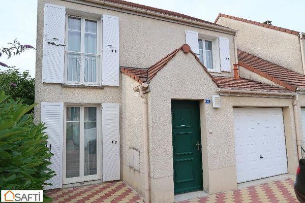 Annonce vente maison la ville du bois 91620 84 m 327 for Maison ville du bois