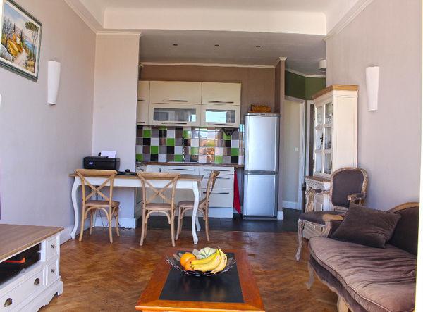 annonce vente appartement nice 06000 56 m 187 000 992738113065. Black Bedroom Furniture Sets. Home Design Ideas