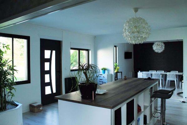 Annonce vente maison pleslin trigavou 22490 287 m for Maison style californien