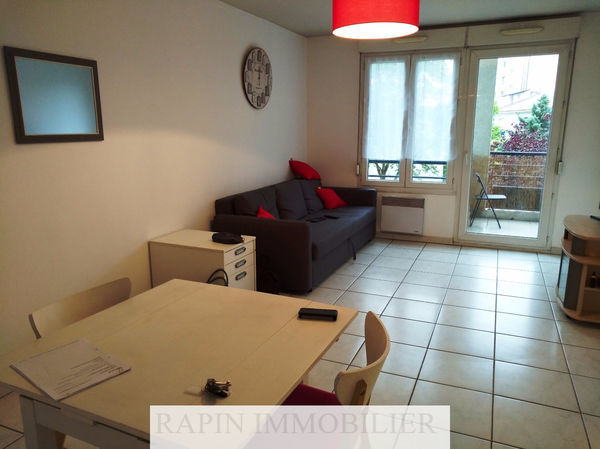 Annonce location appartement lyon 7 57 m 750 for Location appartement meuble a lyon