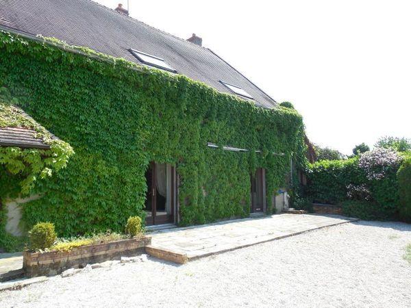 Maison - 8 pièce(s) - 280 m² 250000 Auxonne (21130)