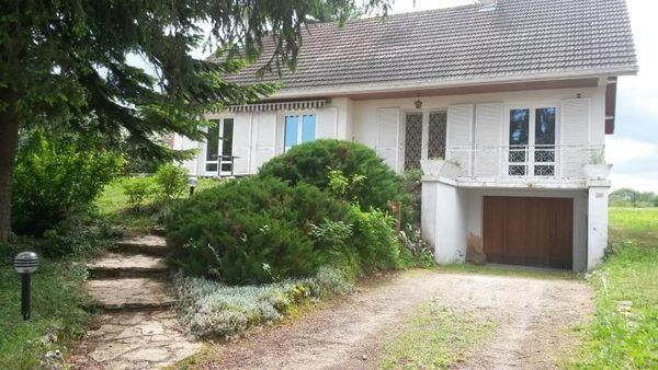 Maison - 7 pièce(s) - 165 m² 199000 Auxonne (21130)
