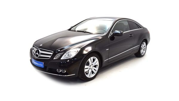 voiture mercedes classe e 250 cdi blueefficiency ex cutive a occasion diesel 2010 57680 km. Black Bedroom Furniture Sets. Home Design Ideas