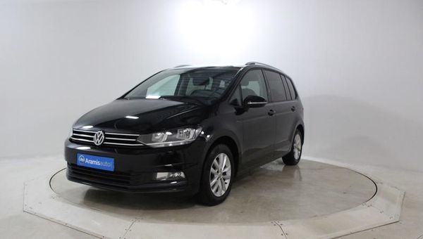 voiture volkswagen touran 1 6 tdi 110 confortline 7pl gps occasion diesel 2016 17668 km. Black Bedroom Furniture Sets. Home Design Ideas