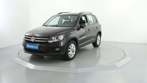 voiture volkswagen tiguan 2 0 tdi 140 fap sportline occasion diesel 2013 70154 km 19990. Black Bedroom Furniture Sets. Home Design Ideas
