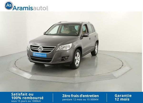 voiture volkswagen tiguan 2 0 tdi 140 carat occasion diesel 2011 102382 km 17490 aix. Black Bedroom Furniture Sets. Home Design Ideas