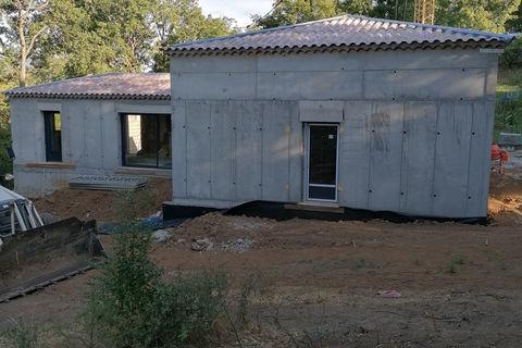 Maison Mison (04200)