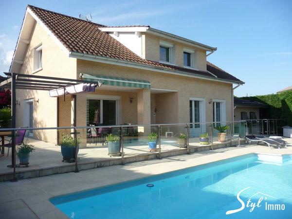 Annonce vente maison genilac 42800 150 m 332 000 for Maison avec 5 chambres