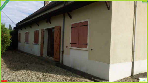 Annonce vente maison saint val rien 89150 105 m 129 for Garage saint valerien