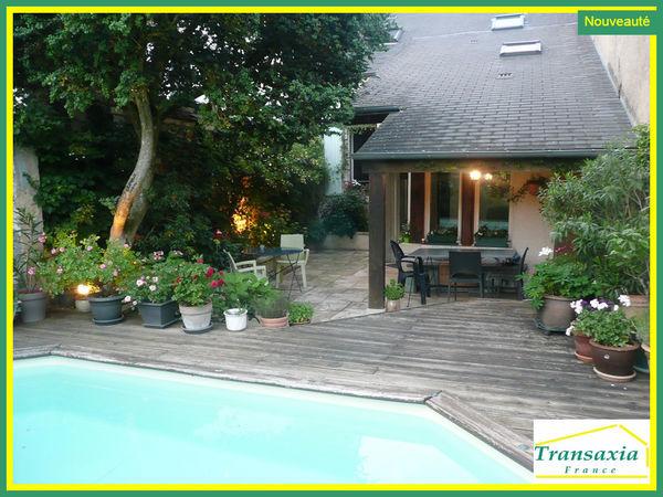 annonce vente maison bourges 18000 153 m 264 500. Black Bedroom Furniture Sets. Home Design Ideas