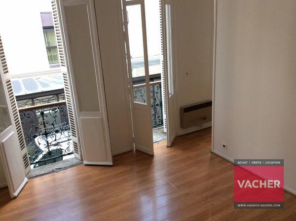 Annonce location appartement bordeaux 33000 30 m 485 for Location appartement t1 bordeaux