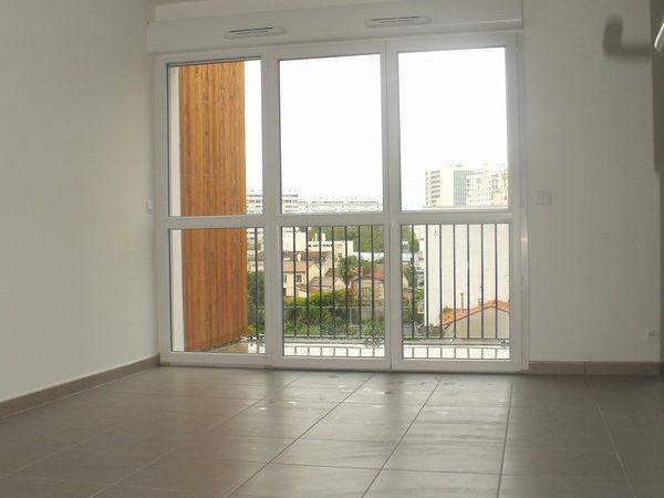 Annonce location appartement bordeaux 33000 61 m 774 for Louer appartement bordeaux