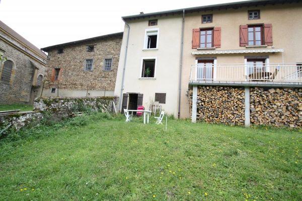 Annonce vente maison cublize 69550 94 m 89 000 for Vente habitation