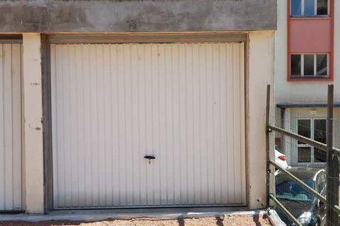 Location Parking / Garage Roanne (42300)