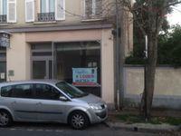 situé au 69 rue de Bonneuil la Varenne saint Hilaire,... 1700