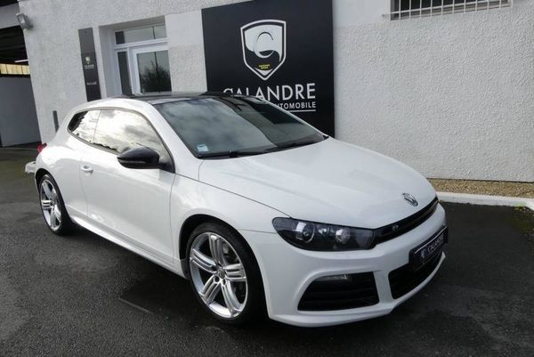 voiture volkswagen scirocco r 2 0 tsi 265 dsg6 occasion essence 2012 48742 km 22970. Black Bedroom Furniture Sets. Home Design Ideas