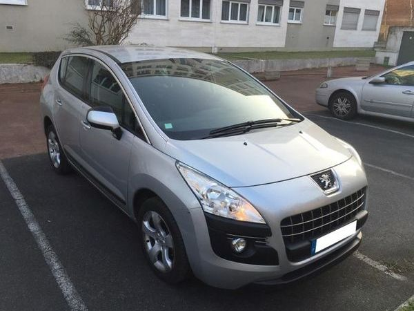 voiture peugeot 3008 1 6 hdi 115 fap active occasion diesel 2013 85000 km 10250. Black Bedroom Furniture Sets. Home Design Ideas
