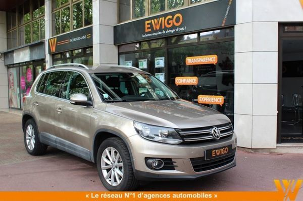 voiture volkswagen tiguan 2 0 140 tdi tech lounge occasion diesel 2015 22000 km 23990. Black Bedroom Furniture Sets. Home Design Ideas