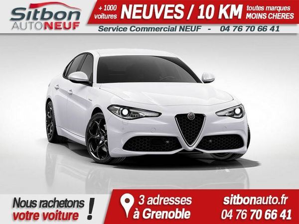 voiture alfa romeo giulia occasion diesel 2017 10 km 36990 grenoble is re 992736438428. Black Bedroom Furniture Sets. Home Design Ideas