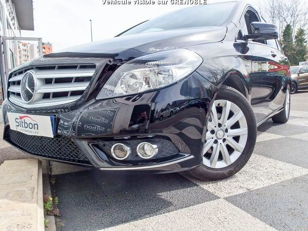 voiture mercedes classe b occasion diesel 2012 40000 km 17980 grenoble is re. Black Bedroom Furniture Sets. Home Design Ideas
