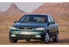 Opel Astra Berline 1999
