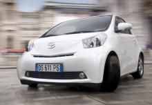 Toyota IQ Berline 2008