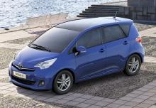 Toyota Verso Monospace 2011
