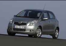 Toyota Yaris Berline 2005