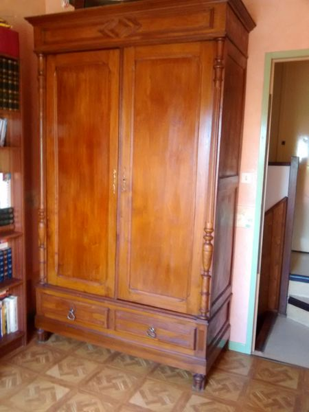 Ancienne Armoire Penderie