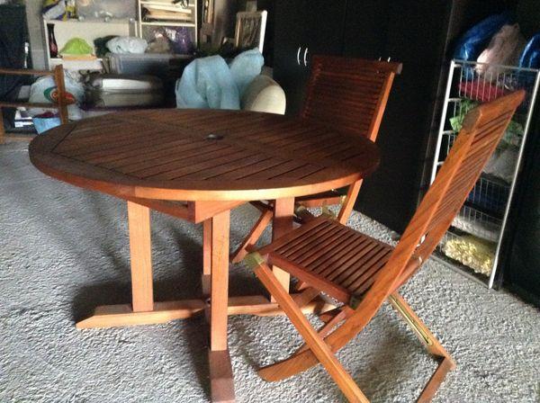 Achetez table et chaises occasion, annonce vente à Fréjus (83 ...